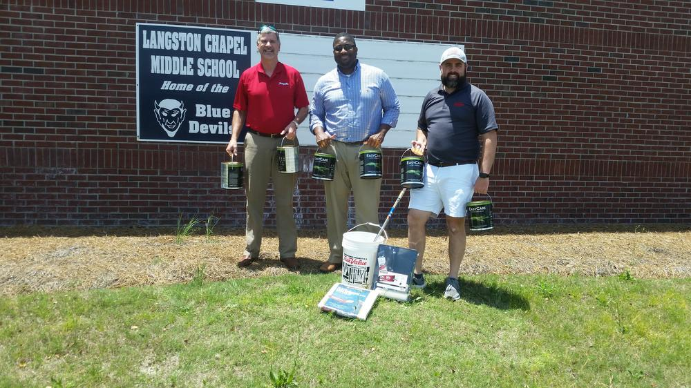 LCMS receives paint grant from McKeithen s True Value Hardward